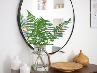 نصب آینه در خانه