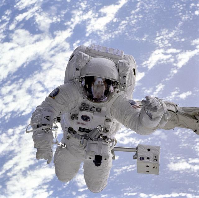سفر به فضا