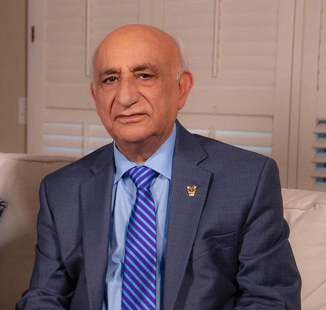 پرویز کاردان